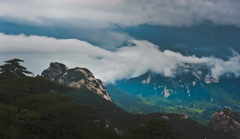 暑期出游享福利 安庆天柱山对全国学生实行免票优惠3个月
