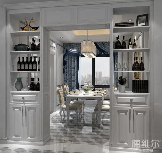 隔断式餐边柜,将客厅和餐厅隔开,独作一扇门,既增添客厅颜值,又极大的