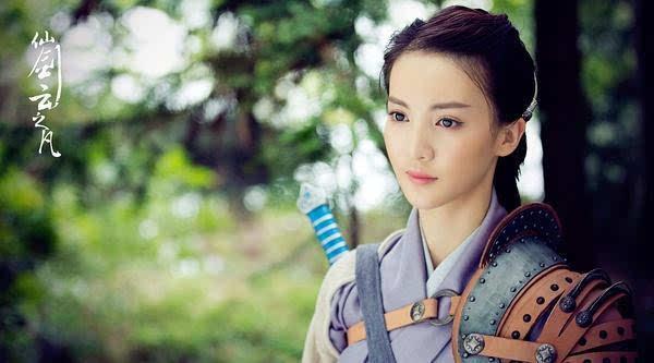 2012年在战争剧《桐柏英雄》中饰韩梅霜 .