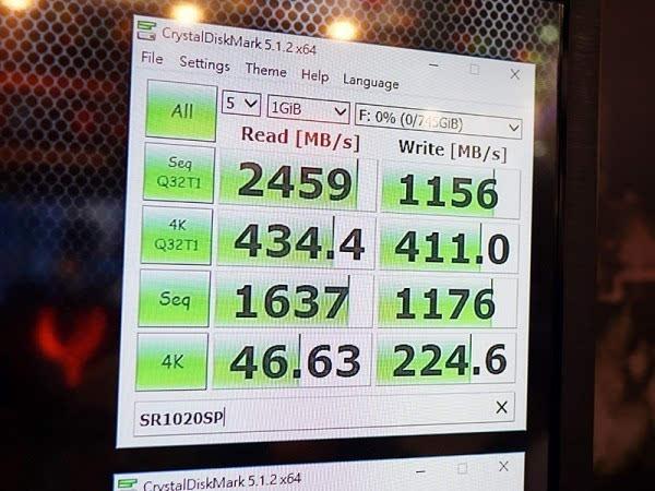 全球首款2TB M.2 SSD惊艳亮相的照片 - 4