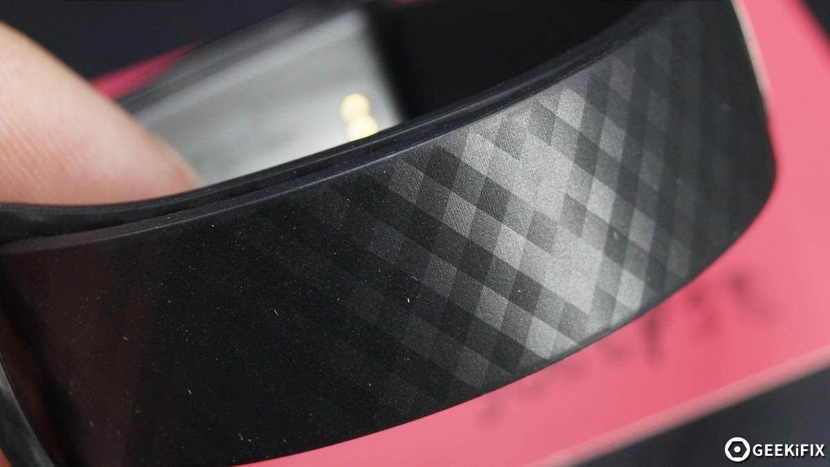 99元能测紫外线 华为荣耀畅玩手环A1拆解的照片 - 11