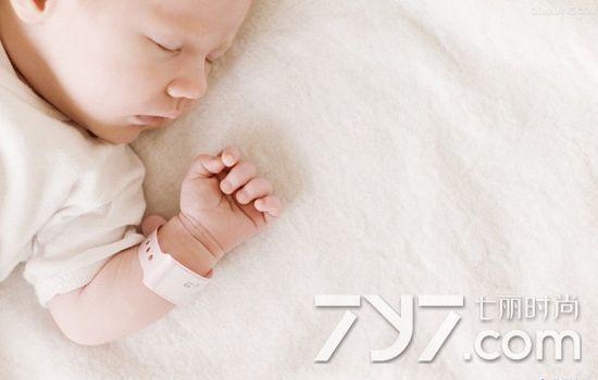 三个月宝宝呼吸不规律