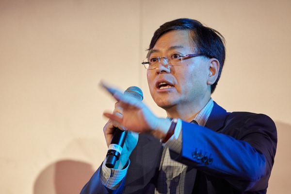 杨元庆:联想最重要的是打赢中国市场翻身仗的照片
