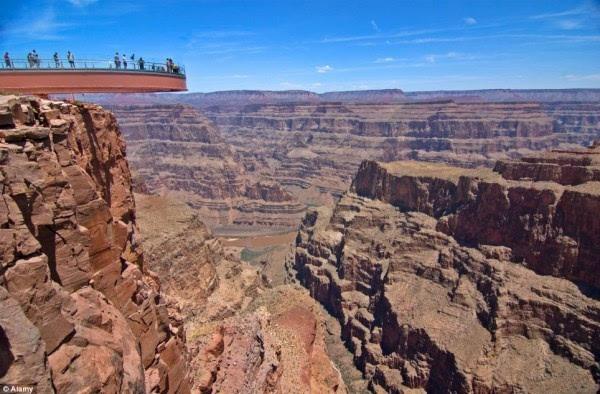 全球72亿人堆成一个立方体有多大?高度仅788米的照片 - 4
