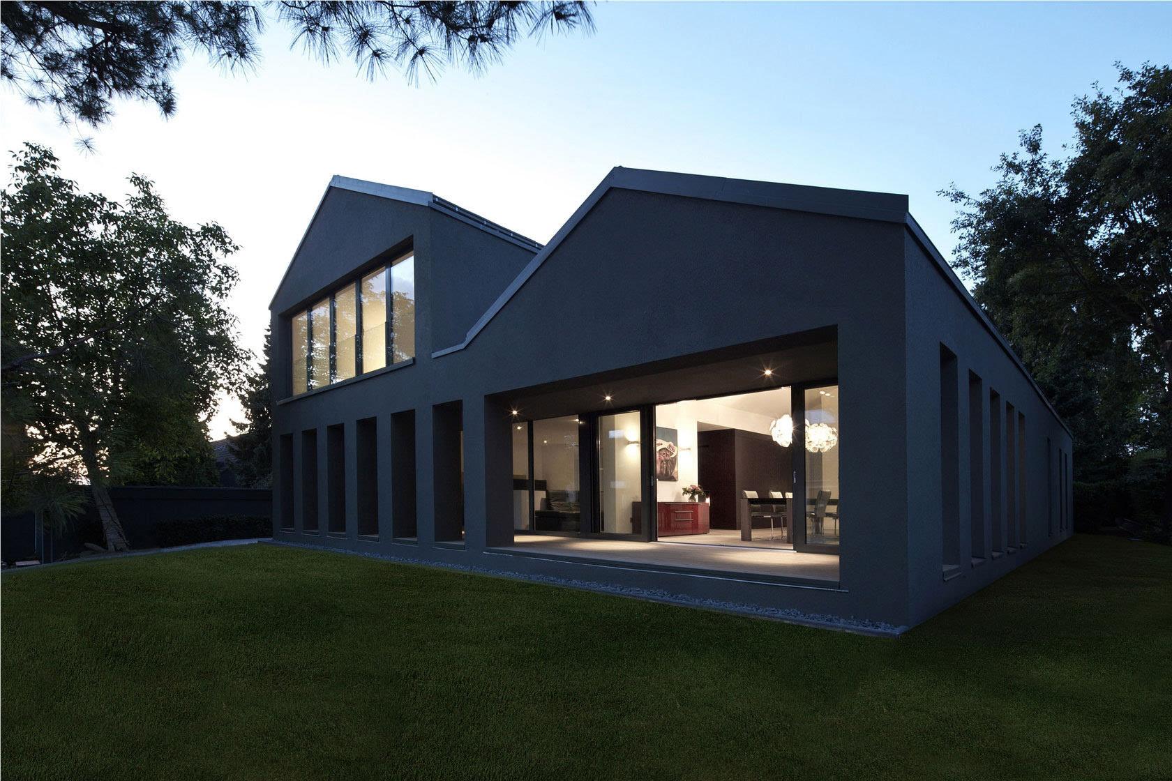 二层别墅图片大全_黑色自建房的独白
