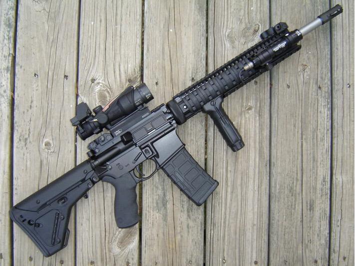 m14狙击枪-AR 15缘何成为美国内枪手首选凶器