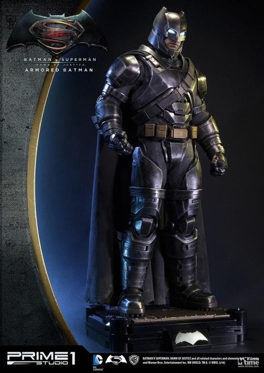 文化 正文  蝙蝠侠标志性披风 prime 1 studio推出《蝙蝠侠大战超人》