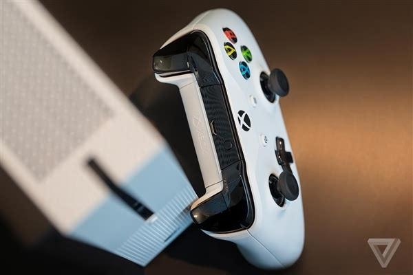 Xbox One S真机上手:体积缩小40%的照片 - 6