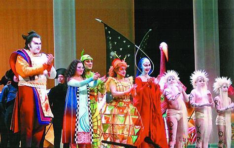 """3母校,在年前舞台唱响上海世界的""""东方声音""""回到了上海,在大麦中国雷龙鱼吃夜莺虫图片"""
