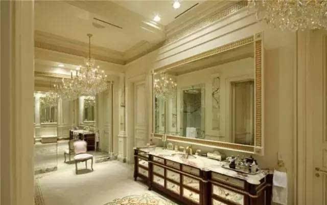 对于一座豪宅来说,没有奢华大理石与旋转楼梯的设计,它的概念就会