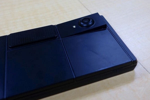 谷歌最新Ara模块化手机图赏:纯黑色机身的照片 - 3
