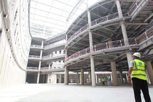 医院钢结构连廊