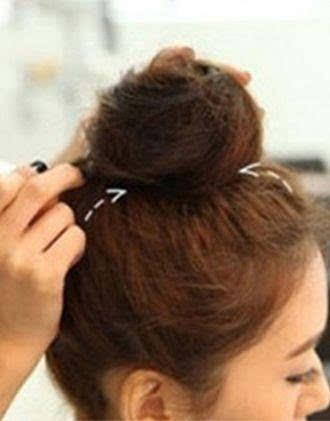 超短发还能扎冲天丸子头,20岁美女不容错过!图片