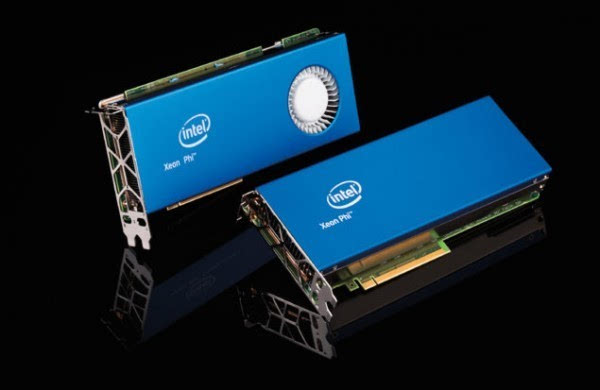 Intel发售新款Xeon Phi:72核288线程的照片 - 1