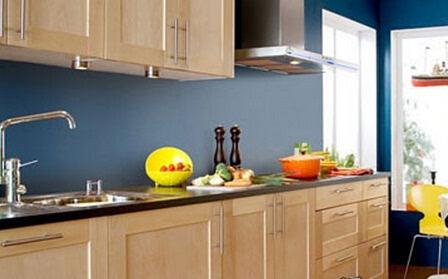 6种时尚厨房配色 原木色橱柜搭配指南(图)