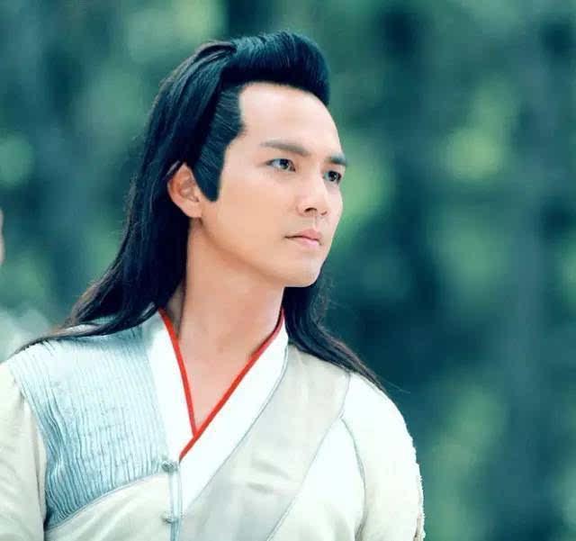 21岁就叱咤亚洲歌坛,逆生长超越林志颖,如今凭最帅反派首获影帝