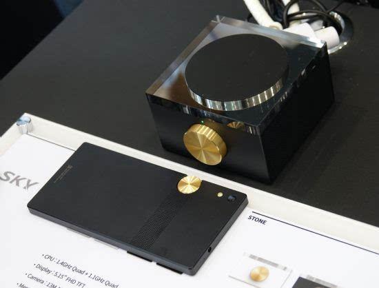 泛泰重返智能手机市场 新机定价2559元的照片 - 4
