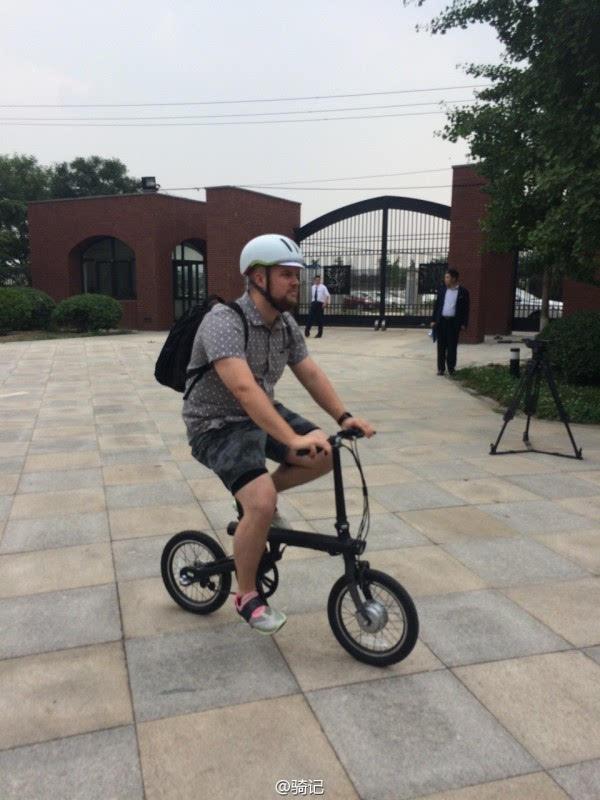 小米米家2999元电动助力自行车现场实拍:小巧玲珑的照片 - 2