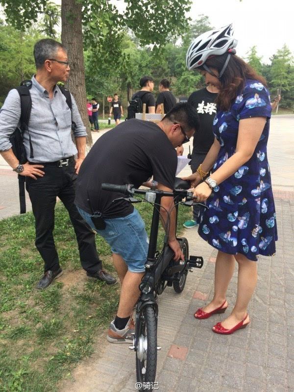 小米米家2999元电动助力自行车现场实拍:小巧玲珑的照片 - 7