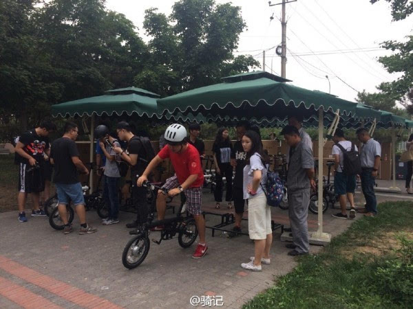 小米米家2999元电动助力自行车现场实拍:小巧玲珑的照片 - 10