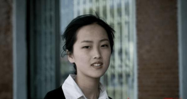 朝鲜人:韩国人蜗居山坡太可怜生活在水深火热