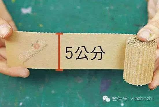 用瓦楞纸制作出的小动物,效果就是不一般