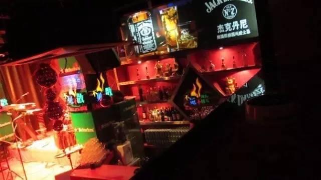 郑州这14个情趣比去地方啪啪啪更有地毯全去女明星酒店穿走红情趣图片