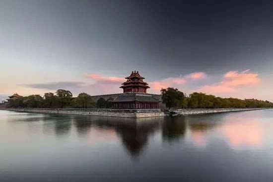 中国古建筑,连倒影都这么美!