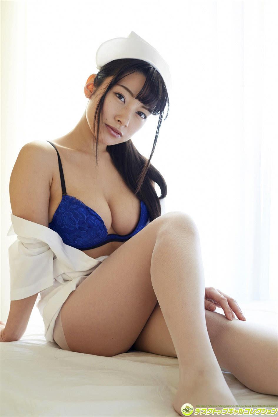 熟女丝袜骚穴淫�_日本ol熟女躺平脱丝袜上围难兜极致风情