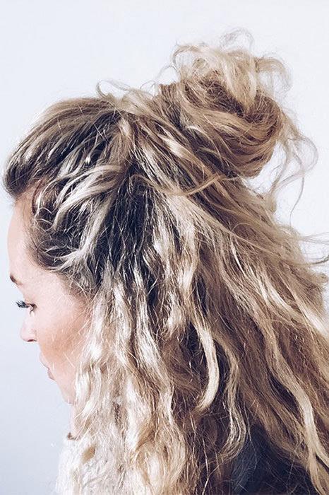 拥抱与生俱来的卷发:自然卷女孩必试发型!