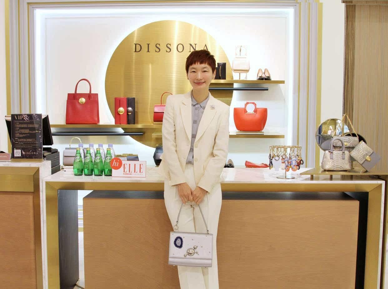 国产女包品牌排行_中国高端女装(女装十大奢侈品牌排行榜)