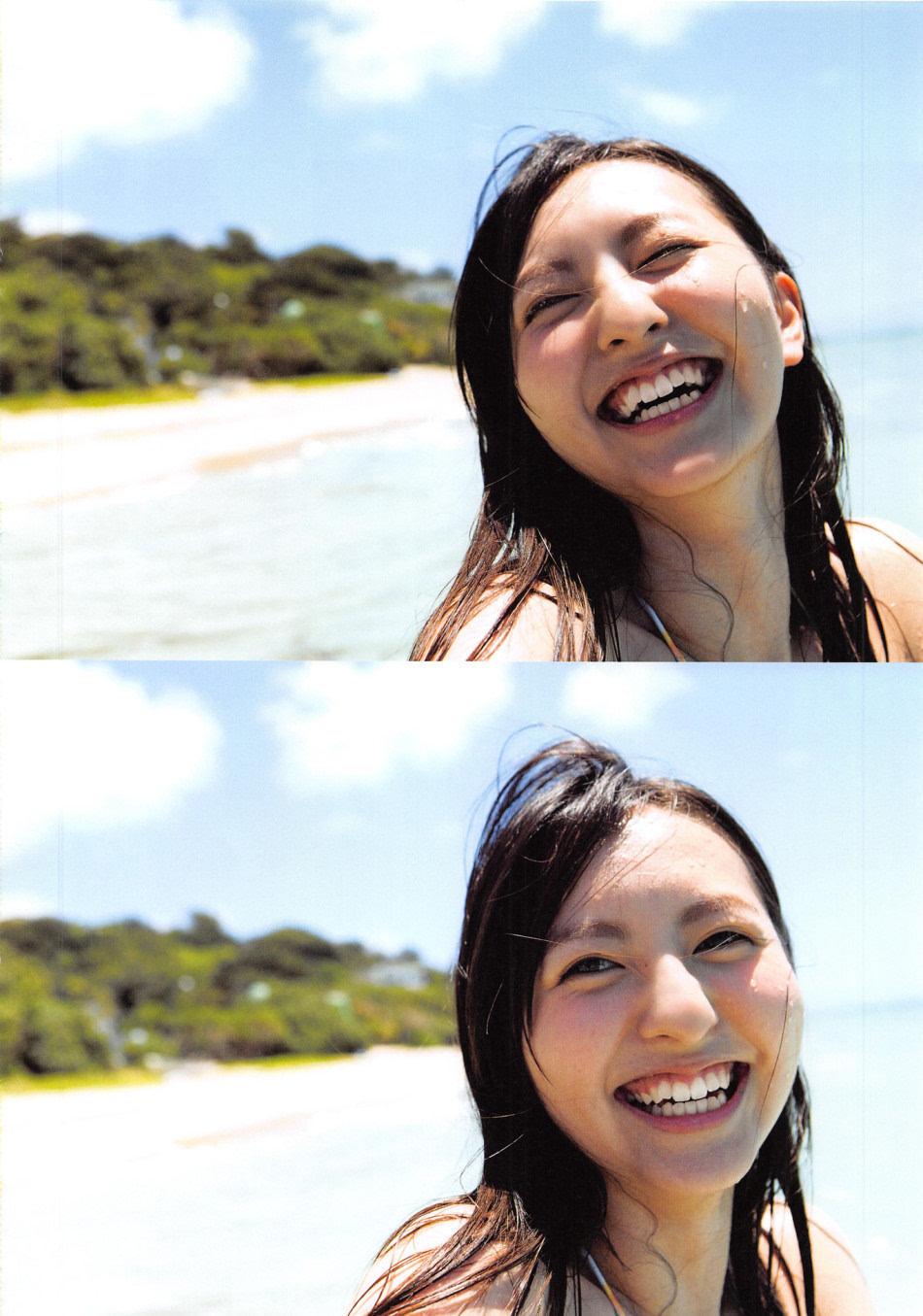 模比基尼写真 笑容灿烂超治愈