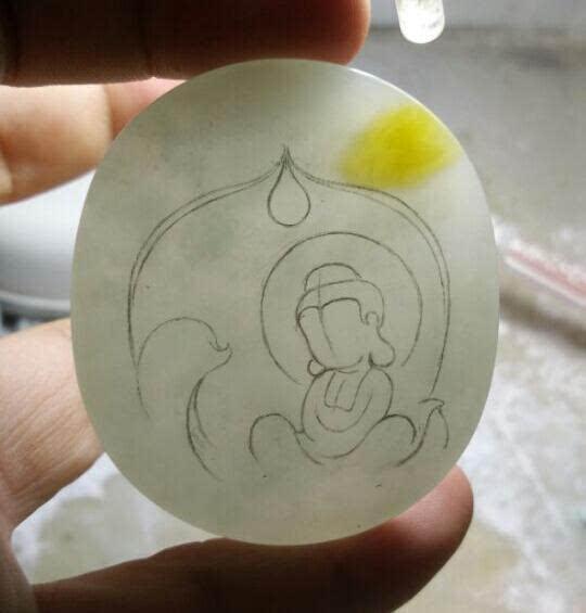 翡翠雕刻宝宝佛的全过程,少女心立马满血复活了!