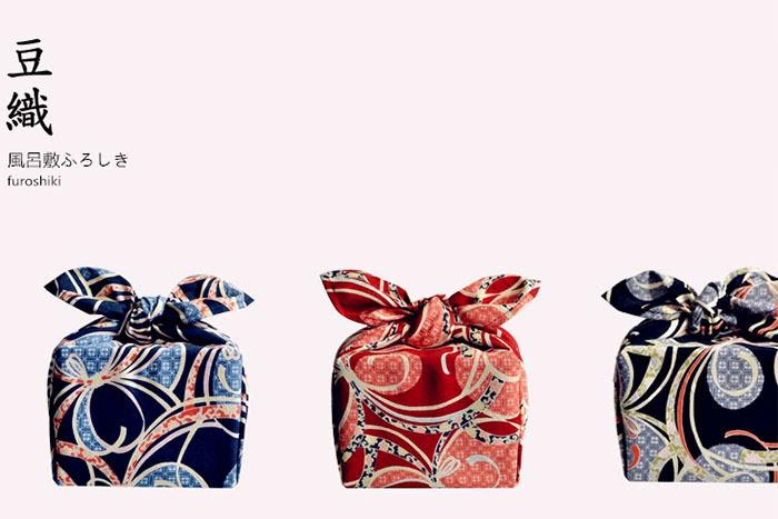 各种日式和风小包袱,风吕敷,用来包礼物什么的好方便!