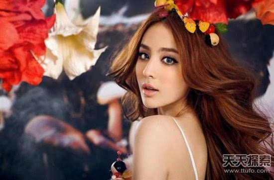 异域新疆美女手绘