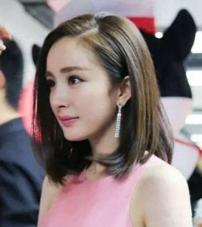 齐肩�yay�NXG�型囹�a_杨幂最近的造型就是这款齐肩的bobo短发.很简单的黑长发尾内扣.