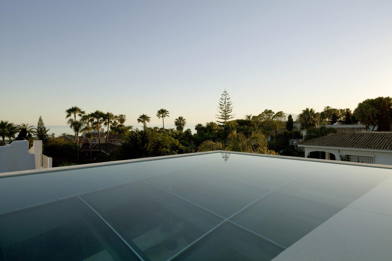 天台恒温游泳池 经济型别墅最大亮点