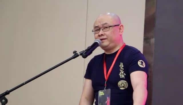 很多人问发福的刀郎视频里第一首歌是什么歌