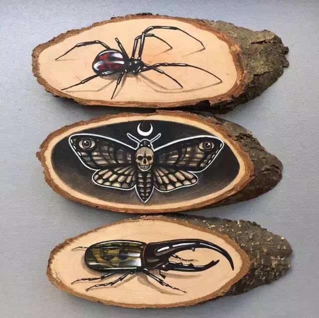 德国设计师britta boeckmann的首饰作品,用树脂和木头制作,二者在