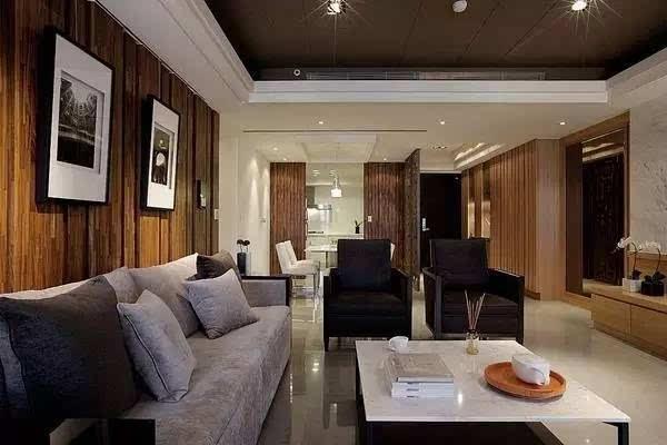 """""""       """"客厅背景墙选用木板打造,天然的木质肌理,实木板的错位设计图片"""
