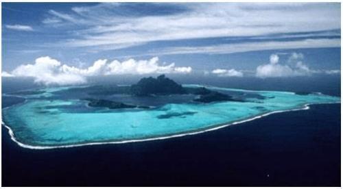 """""""索费尔指出,在中菲岛礁争端悬而未决的情况下,菲方提出的仲裁事项不"""