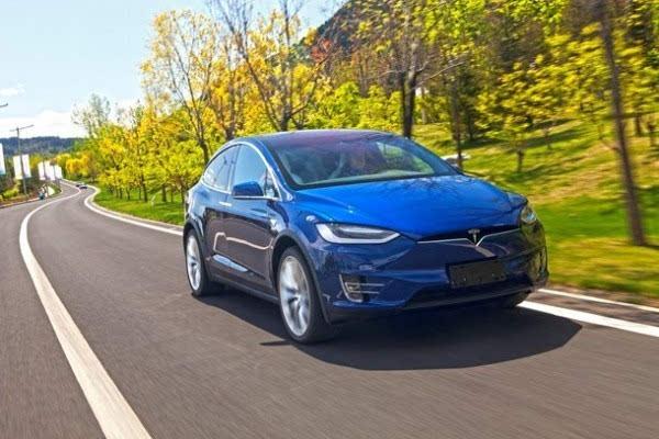75.44万元:特斯拉发布Model X入门款SUV车型60D的照片 - 1