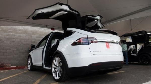 75.44万元:特斯拉发布Model X入门款SUV车型60D的照片 - 4