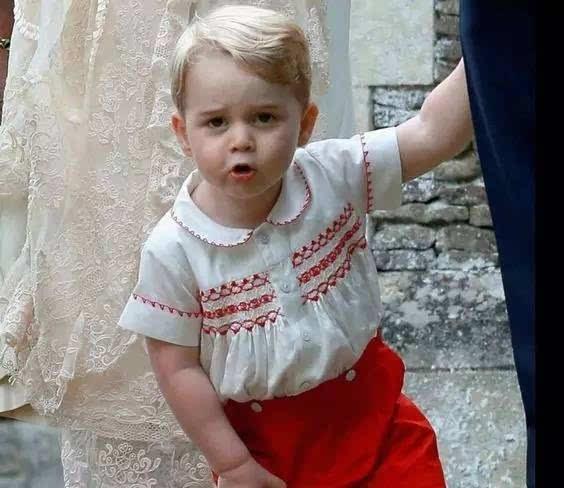 让乡巴佬表情乔治小王子吓到泪崩的图片是表情包鼓掌微大全信事情金图片