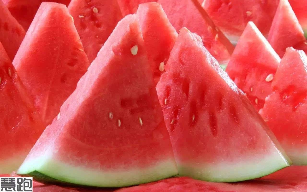 跑步减肥,就需要西瓜?-饼干含糖量究竟有多吗节食减肥吃不吃西瓜图片