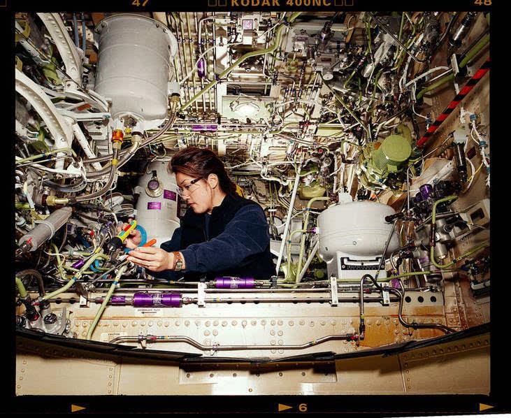 飞机的内部结构异常复杂
