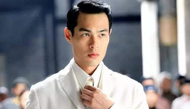 霍建华的弟弟 而2003年版《半生缘》中 顾曼桢的扮演者 正是林心如 沈图片