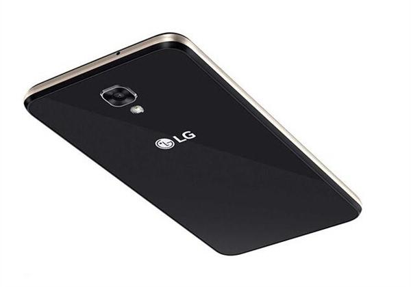 LG X Screen双屏手机发布的照片 - 2