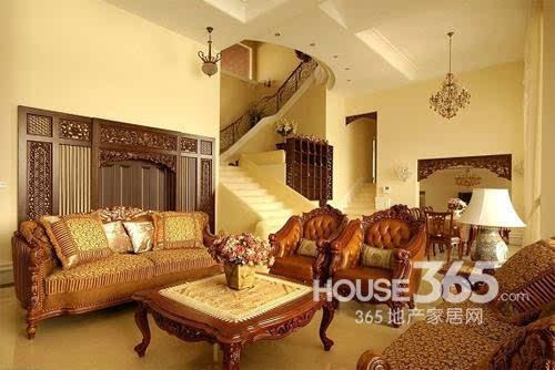 欧式客厅地砖效果图:奢华的欧式家居