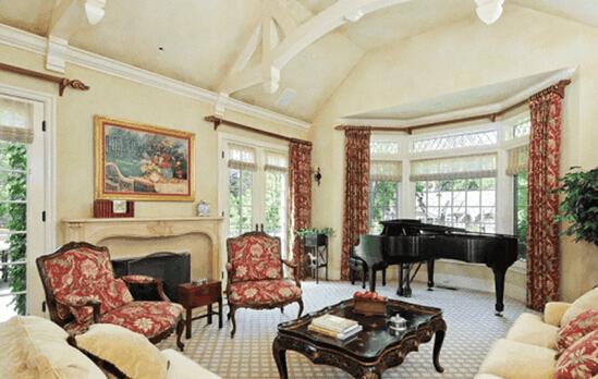 欧式客厅装修图欣赏 让你拥有舒适生活